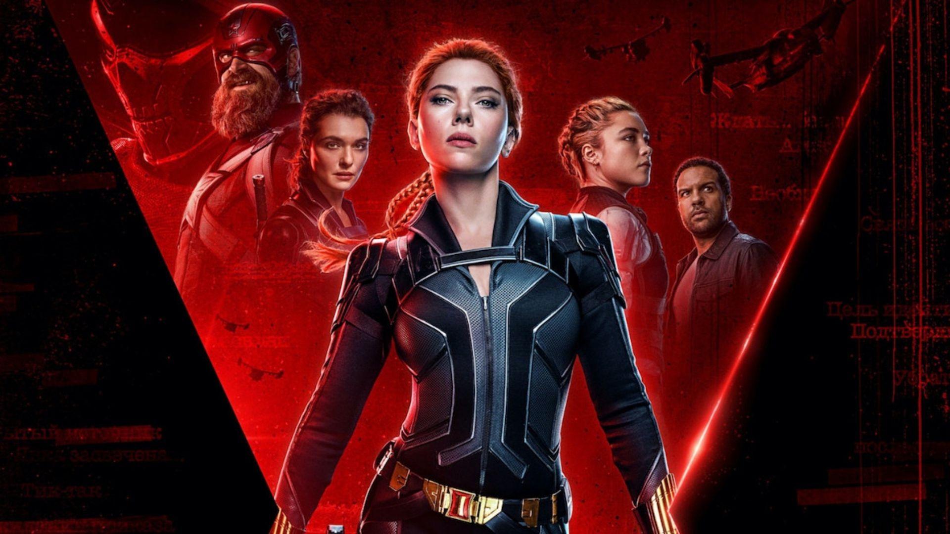 black widow poster sfondo rosso